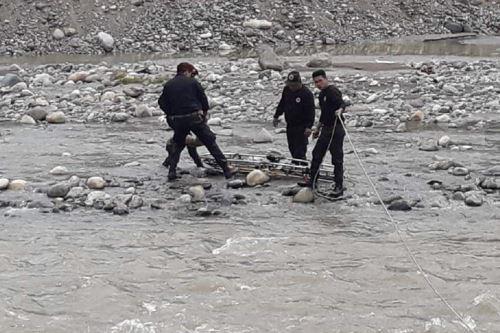 La niña aún no ha sido identificada y la policía investiga si hay denuncia de desaparición.