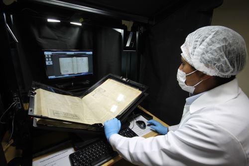 El Centro de Estudios Peruanos de la Universidad Católica San Pablo tuvo a su cargo la digitalización de los diarios arequipeños El Republicano y La Bolsa.