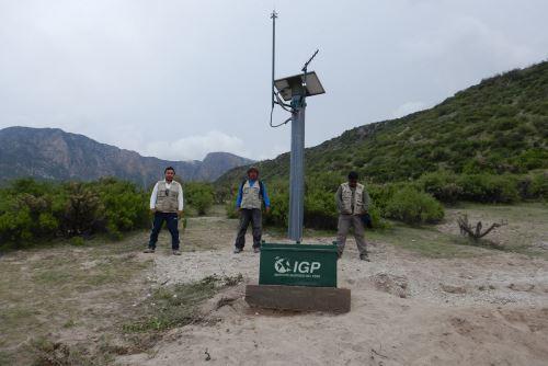 El Instituto Geofísico del Perú (IGP) comenzó a recibir, a través del Centro Vulcanológico Nacional, información sísmica en tiempo real del volcán Huaynaputina (Moquegua).