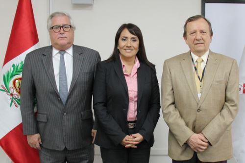 Ministra de Transportes y Comunicaciones, María Jara, se reunió con representantes de Volcan Compañía Minera S.A.A. (Volcan) y Terminales Portuarios Chancay.
