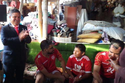 El alcalde de Moche, Arturo Fernández resaltó el interés de ayudar de Yaqoob Ahmed Mubarak.