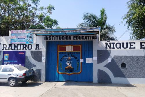 El colegio Ramiro Ñique requiere de una rehabilitación de su infraestructura.