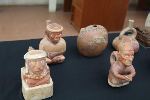 Estos son algunos de los ceramios descubiertos en diversos monumentos arqueológicos de Lambayeque que serán exhibidos en Lima.