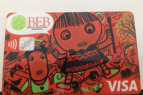 Esta es la tarjeta que recibirán en unos meses los clientes del ecobanco creado por el escolar arequipeño José Quisocala.