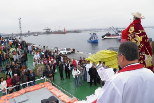La procesión de la imagen de san Pedro empezará a las 7:30 horas, luego de la misa de alba.