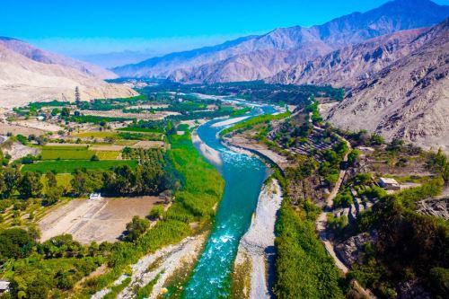 Este es el río Cañete, a la altura del distrito de Lunahuaná, donde se desarrollarán las competencias de canotaje slalom y canotaje extremo.