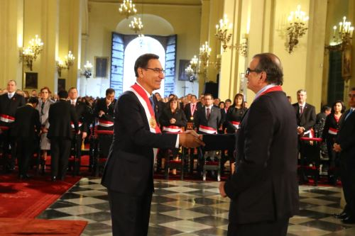 President Vizcarra attends Mass and Te Deum on Peru's