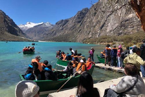 La laguna Llanganuco es una joya de color turquesa que guarda historia y misticismo en pleno Callejón de Huaylas.