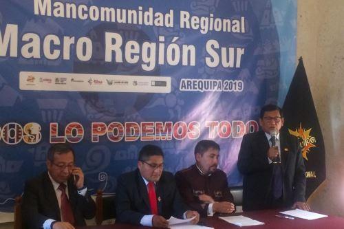 Los gobernadores de Madre de Dios, Tacna, Arequipa y Moquegua se reunieron en la ciudad de Arequipa.