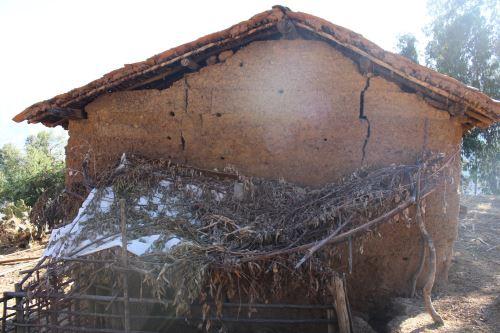 Nueva activación de falla geológica en el distrito de Yauya, región Áncash, ha provocado rajaduras en paredes de varias viviendas.