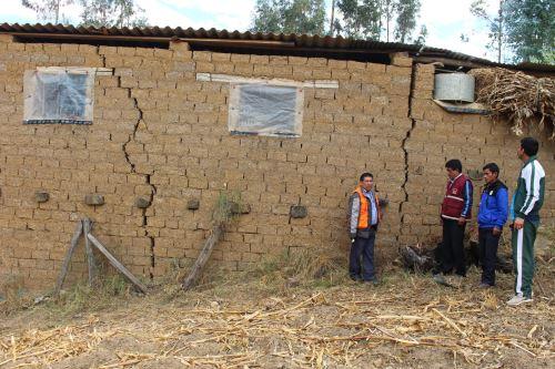 Por lo menos 12 viviendas del distrito de Yauya, Áncash, presentan rajaduras en sus paredes por la activación de falla geológica.