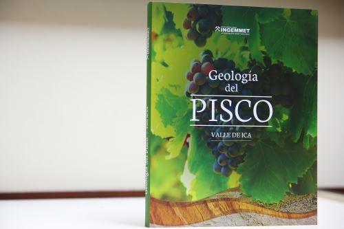 La publicación 'Geología del pisco' describe en seis capítulos la relación de las rocas, relieve y suelo con el desarrollo de la vid pisquera.