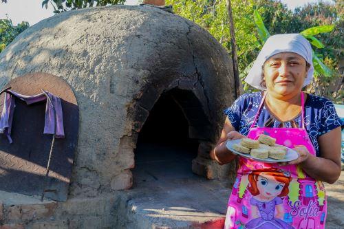Los alfajores del distrito de Moro es una de las delicias tradicionales de la provincia del Santa, región Áncash.