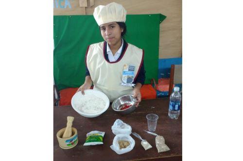 El 'panyu' es un pan elaborado con alga, ideal para combatir la anemia y desnutrición infantil.