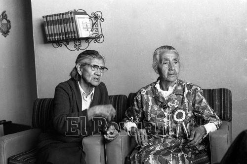 Las hermanas Dari´a y Mari´a Rosas Montealegre, nacidas en Arica la u´ltima de´cada del siglo pasado que prefirieron perder todas sus pertenencias y propiedades con tal de seguir manteniendo la nacionalidad peruana. Foto: ANDINA/Archivo histórico