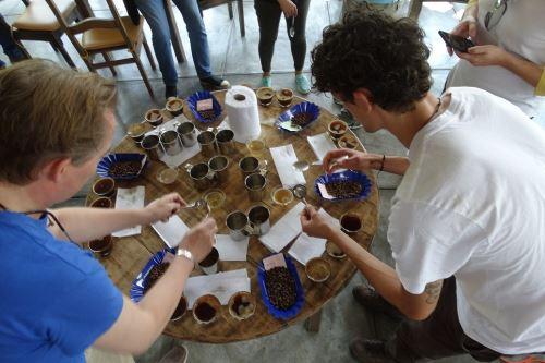 Misión comercial de Alemania visitó las zonas productoras de café de Junín y Pasco.