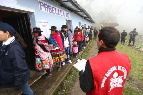 Elecciones 2021: materiales informativos fueron traducidos a lenguas  indígenas   Noticias   Agencia Peruana de Noticias Andina