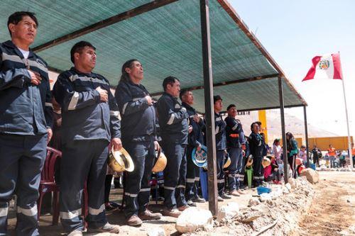 El Minem informó que Arequipa cerrará el año con 1,243 pequeños mineros formalizados.