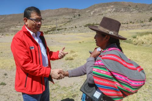 El ministro Jorge Montenegro ratificó el compromiso y la voluntad política del Gobierno y el Minagri para continuar con la mesa de Candarave (Tacna).
