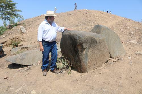 En el templo ceremonial de la época Formativo Final descubierto en Lambayeque se encontraron grandes bloques de granito.