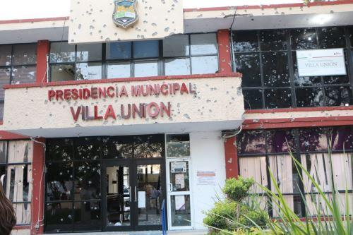A 21 asciende la cifra de muertos de los enfrentamientos que comenzaron ayer en el municipio de Villa Unión, en el estado de Coahuila, México.