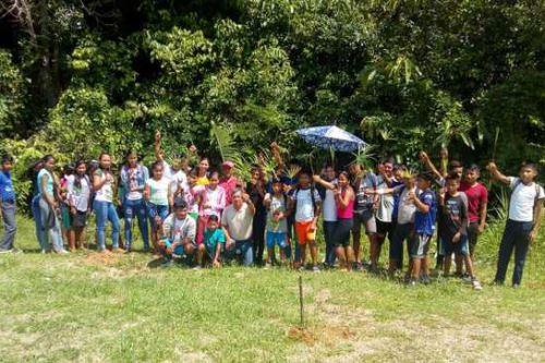Escolares de secundaria de la comunidad El Salvador del distrito de Mazán (Loreto) participaron en capacitación sobre silvicultura del Minagri.