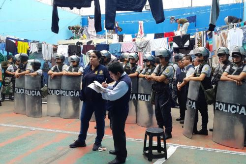 En total, fueron insepccionadas 27 celdas del pabellón número 5 del pena Cambio Puente.
