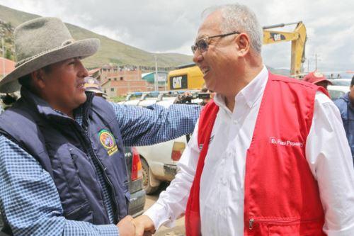 El ministro de Energía y Minas, Juan Carlos Liu Yonsen, visitó el distrito de Challhuahuacho, en la región Apurímac.