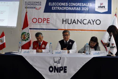 La Oficina Nacional de Procesos Electorales (ONPE) efectuó en acto público el sorteo de miembros de mesa a escala nacional y de manera simultánea para las ECE.