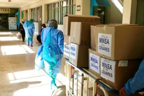 El Minsa también envió 43 toneladas de suministros médicos a la región Arequipa, entre medicamentos y equipos de protección personal.