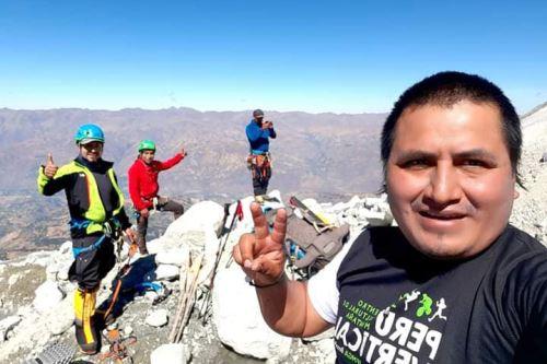 Un grupo de montañistas, liderado por Víctor Rímac, llegaron a 6,300 metros del nevado Huascarán.