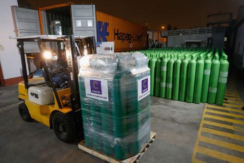 Por medio del Fondo de Emergencia Confiep se adquirieron 1,320 cilindros de oxígeno.