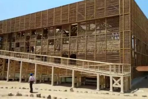 La sala de Los Depósitos del complejo arqueológico de Túcume (Lambayeque) cuenta con moderna cobertura.