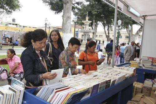 La Feria Internacional del Libro es organizada por la municipalidad provincial de Trujillo.