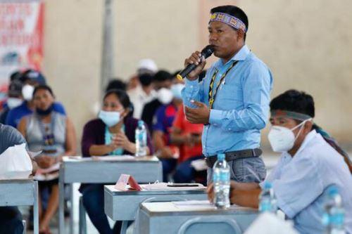 Representantes acreditados de comunidades indígenas participaron en reunión de diálogo intercultural.