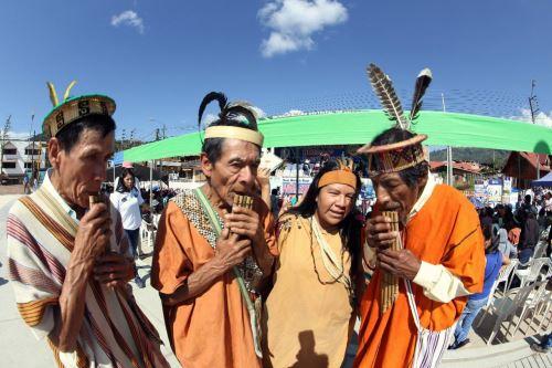 En el concurso Canto al Bicentenario: El Perú que Imaginamos pueden participar todos los usuarios del programa Pensión 65.