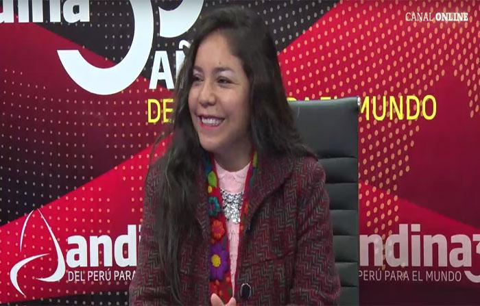 Entrevista a Josefina Ñahuis intérprete de música andina