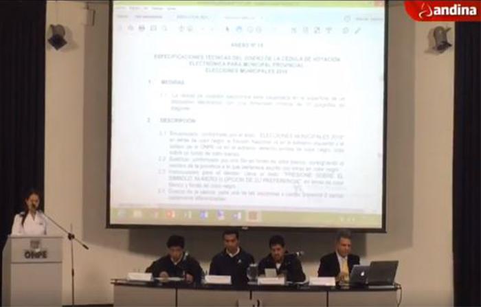 Onpe presenta los diseños de la cédula de sufragio que se utilizará en las Elecciones Regionales y Municipales del próximo 7 de octubre.