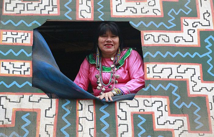 OIinda Silvano promocionará la cultura peruana en Rusia