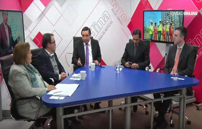 Mesa redonda: los 100 días del presidente Martín Vizcarra