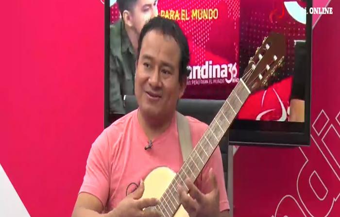 Entrevista al reconocido guitarrista Rolando Carrasco Segovia