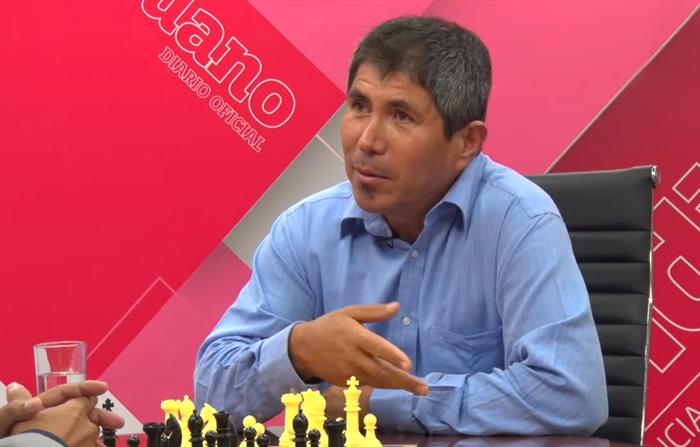 Entrevista a campeón mundial de ajedrez Julio Granda