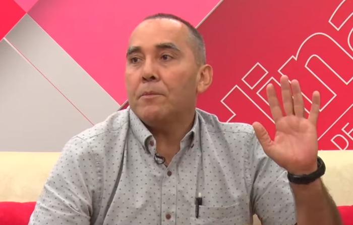 Luis Fuentes presenta poemario Gaspar de la nada
