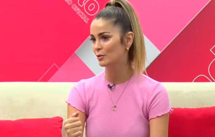 Laura Spoya en una exclusiva entrevista en Andina Canal Online