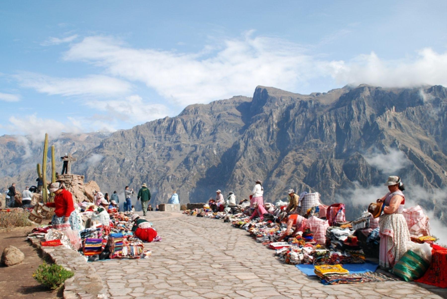 Del 30 de diciembre al 3 de enero de 2017 arequipeños serán exonerados de pagar el boleto turístico para ingresar al valle del Colca.ANDINA/archivo