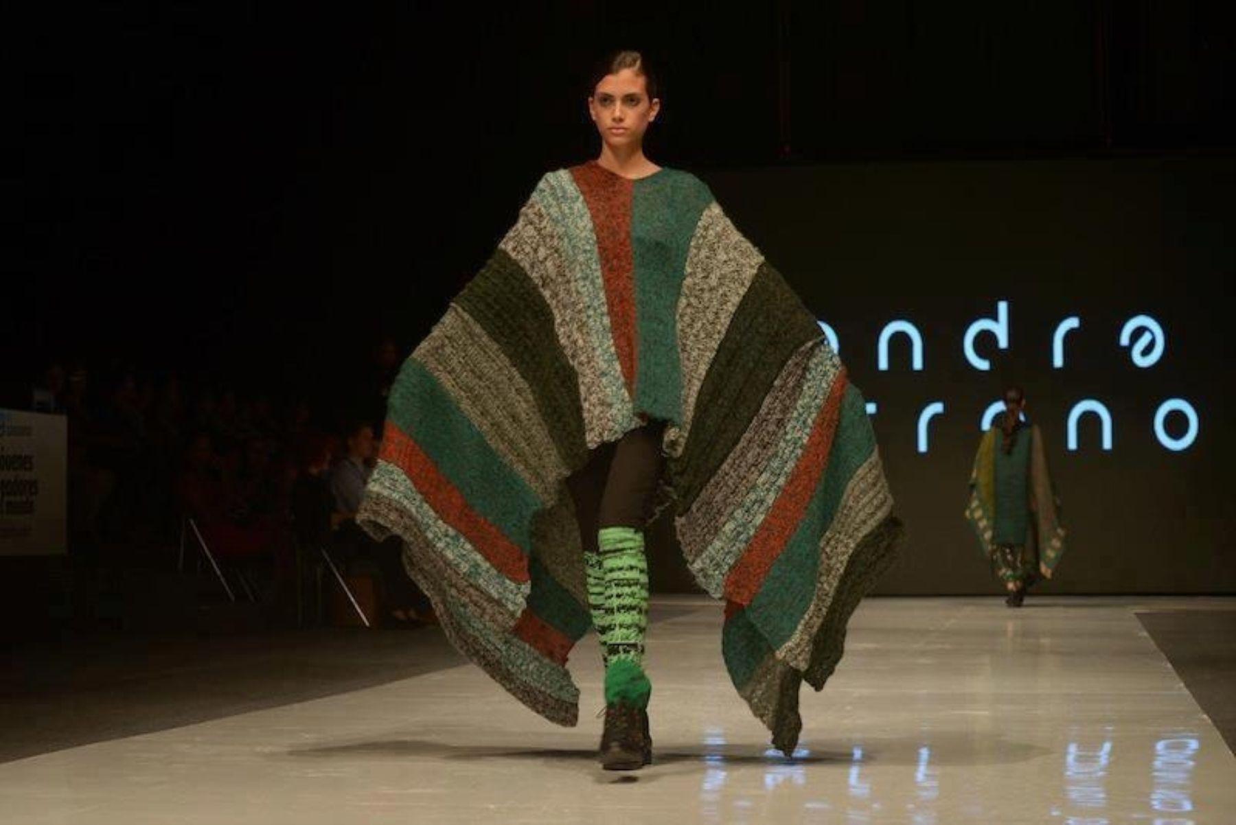 Esta colección presentada en Perú Moda se inspira en los elementos naturales del área de reserva Bahuaja Sonene.