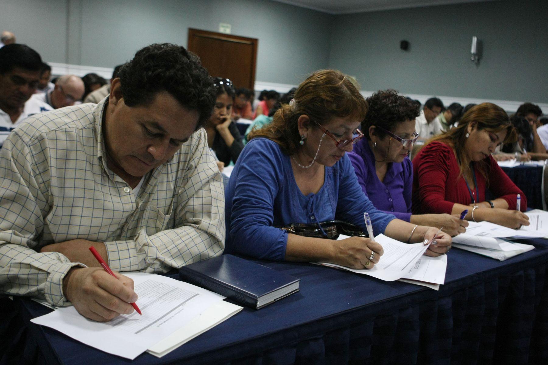 Docentes que aprobaron evaluación ocupan ahora cargos de directores de escuelas públicas. Foto. ANDINA/Vidal Tarqui