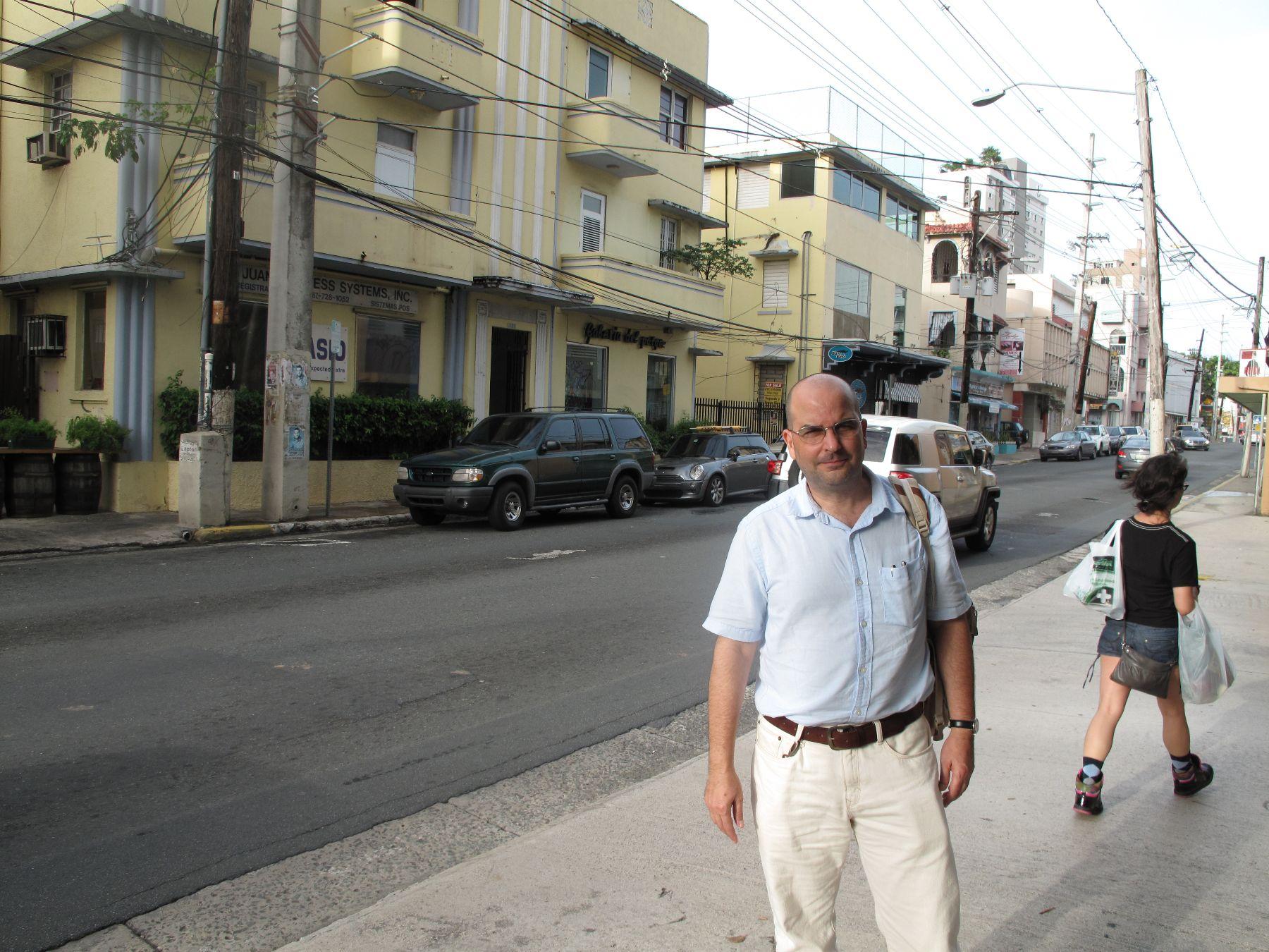 Escritor puertorriqueño Eduardo Lalo, ganador del premio Rómulo Gallegos por su novela Simone.