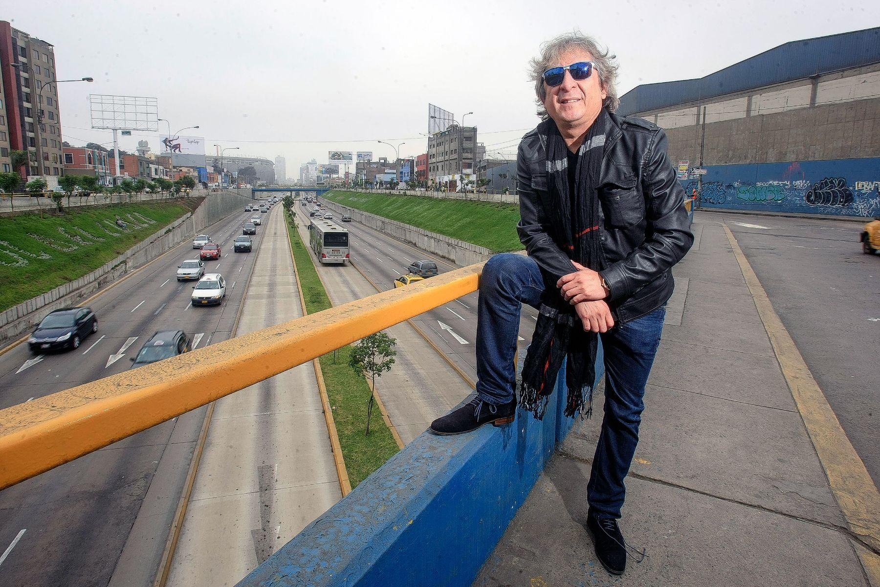 Cantautor peruano Pelo D