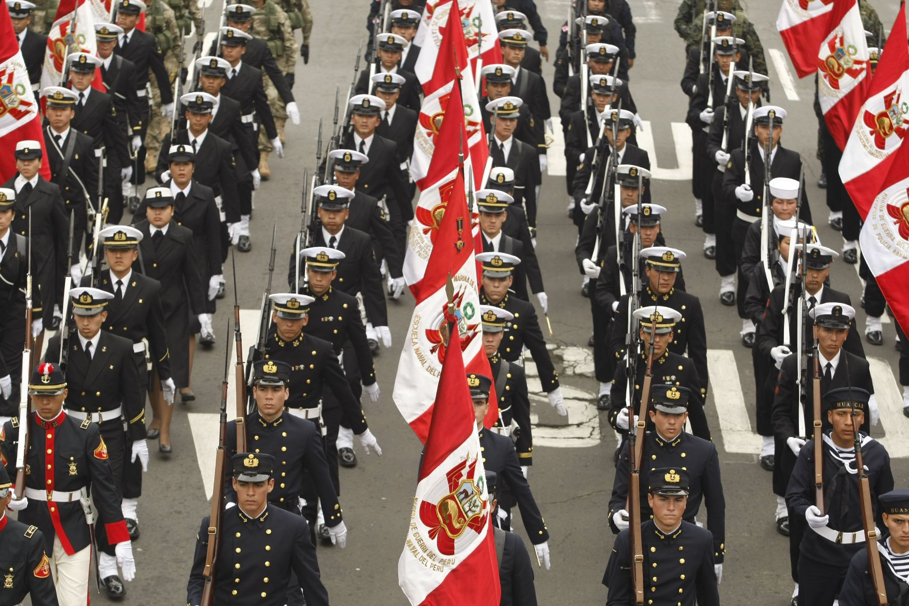 Great Military Parade celebrates the anniversary of Peru